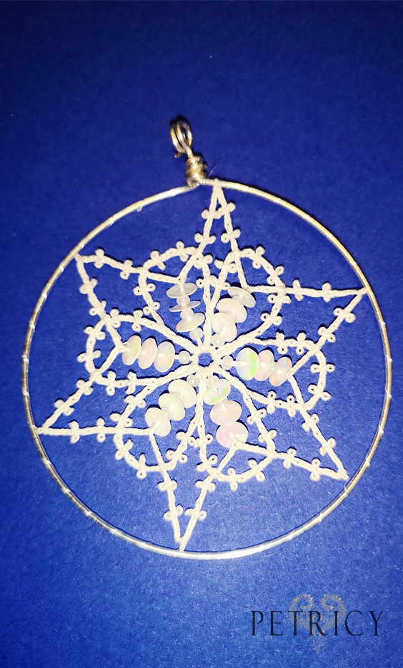 Bobbin lace ornament